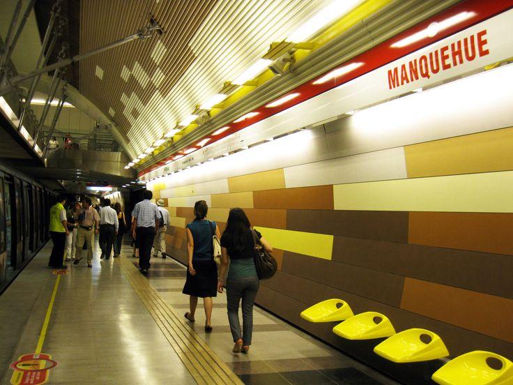 Estación_Manquehue,_Metro_de_Santiago.jpg (3648×2736)