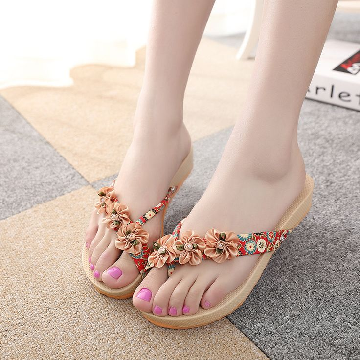 Beautiful Summer Women Bohemian Beach Low Heels Platform Flip Flops Nice Sandals