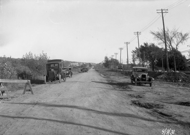 Kelly Street (which became boulevard Henri-Bourassa) before it was paved, 1931