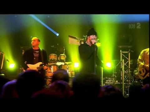 Jamiroquai - Travelling Without Moving (Live) HD. 2009?