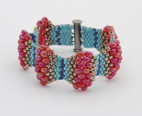 Magenta Wavy Peyote Bracelet