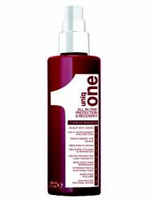 La misma filosofía que en el Uniq One tradicional, el todo el uno para vuestro cabello, llevada ahora al cuidado del cuero cabelludo.  Uniq One Protection & Recovery no necesita aclarado, puede aplicarse sobre cabello húmedo o seco y como tratamiento de shock o de mantenimiento. Entre 6 y 8 pulverizaciones directas sobre el cuero cabelludo serán suficientes para que Uniq One Protection & Recovery actúe como una auténtica cura de antienvejecimiento capilar.  $12.95