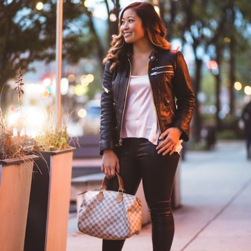 Rent this Louis Vuitton Speedy bag for your holiday shopping on DesignerShare.com!  #DesignerShare #DSDomination #ootd #holidaystyle