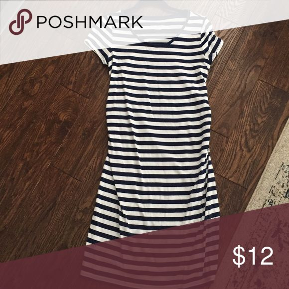 Liz Lange for Target Striped Maternity Dress Good used condition. Size medium in blue and white stripes. Dresses
