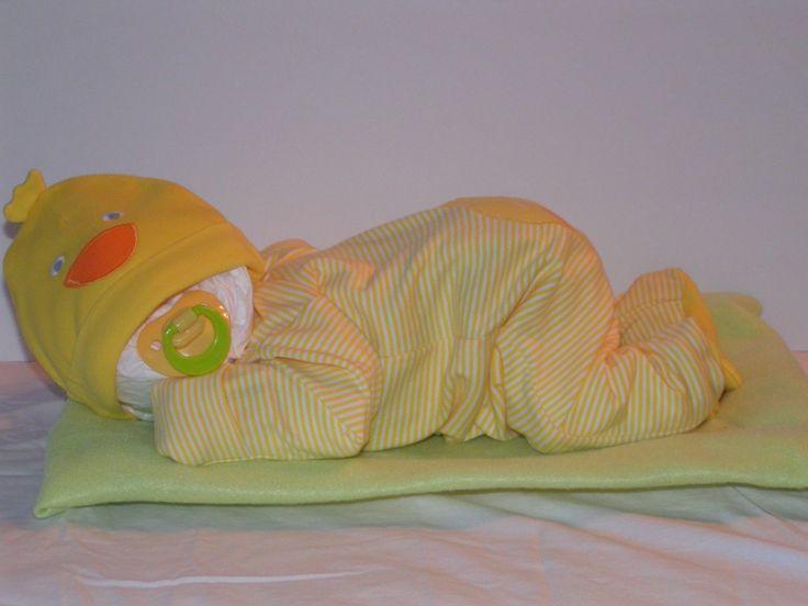 diaper baby shower gift