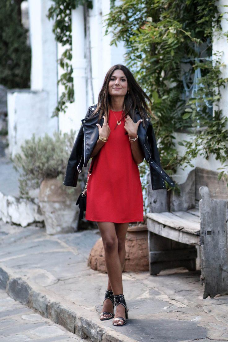 Robe rouge veste en cuir