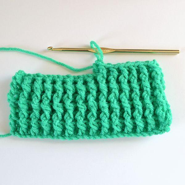 Crochet Stitch and Tutorial: Single Rib Crochet Stitch Tutorial by Dream a Little Bigger #crochetstitches