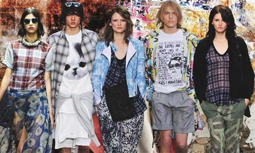 Glam Grunge, SS14 - Fashion Snoops.  A revival of the 90's musical genre turned lifestyle movement, Grunge is very influential for Spring 2014. Layered and relaxed, with a touch of sophistication and muted color palette, this trend is laid back chic at its best.