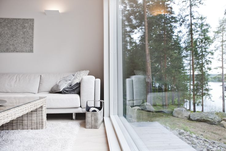 Sunhouse - a large window and a beautiful view. www.sunhouse.fi