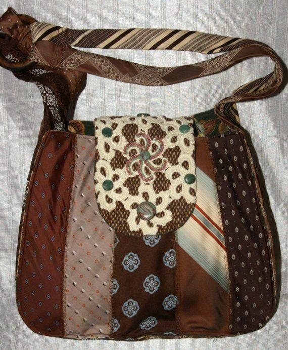 CARTERA DE CORBATAS VIEJAS... Lástima que tiré un montón de corbatas viejas hace un tiempo, haberlo sabido ! .... ... ... ... ... ... . ... ..  . Upcycled-Repurposed Brown and Blue Colored Hobo Style Shoulder Bag Neck-Tie Purse