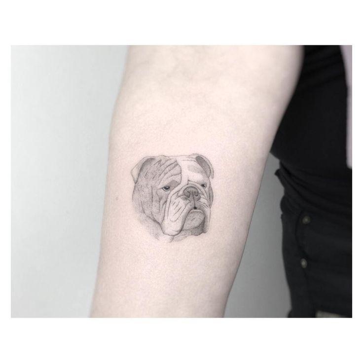 🇬🇧 bulldog ************************************ #black #tattoo #blacktattoo #fineline #blackngrey #finelinetattoo #minimalist #minimalism #jakubnowicztattoo #btattooing #blackworkerssubmission #blacktattooart #tattrx #singleneedle #poznan #bulldog #englishbulldog #fashion #new