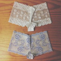 Yup, you read that right! YOU CAN MAKE YOUR OWN LACE UNDERWEAR. AND IT'S REALLY EASY, TOO.     Making cute lace undies is my latest obs...