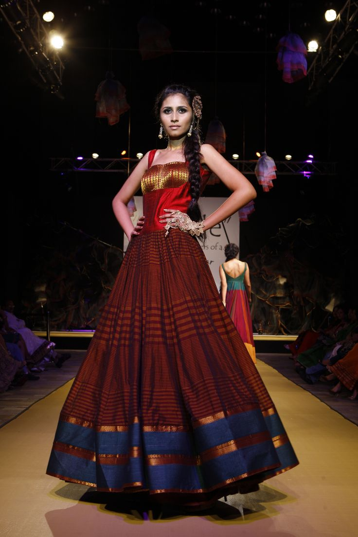 an ode to weaves and weavers by shravan kumar