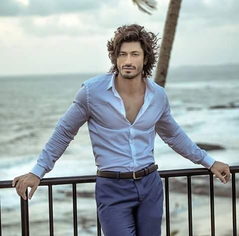 Eid Mubarak and Happy Onam ...love u all and thank for ur love ... Pic credit: VIDYUT JAMMWAL