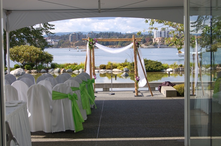 Green wedding ceremony decor: Wedding Ceremonies, Shoes Bride, Ideas Beautiful Ideas, Vancouver Island, Bride Enjoying, Decor Ideas Beautiful, Ceremony Decorations, Bride Rings, Green Weddings