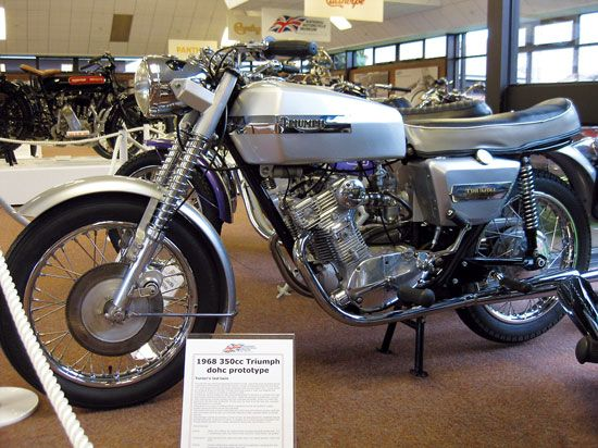 BSA Fury and Triumph Bandit: The Forgotten Twins - Classic British Motorcycles - Motorcycle Classics