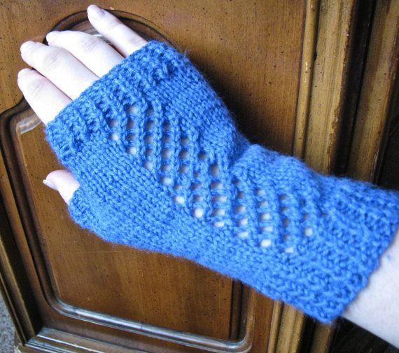 Crocheted Garden Trellis Mitts