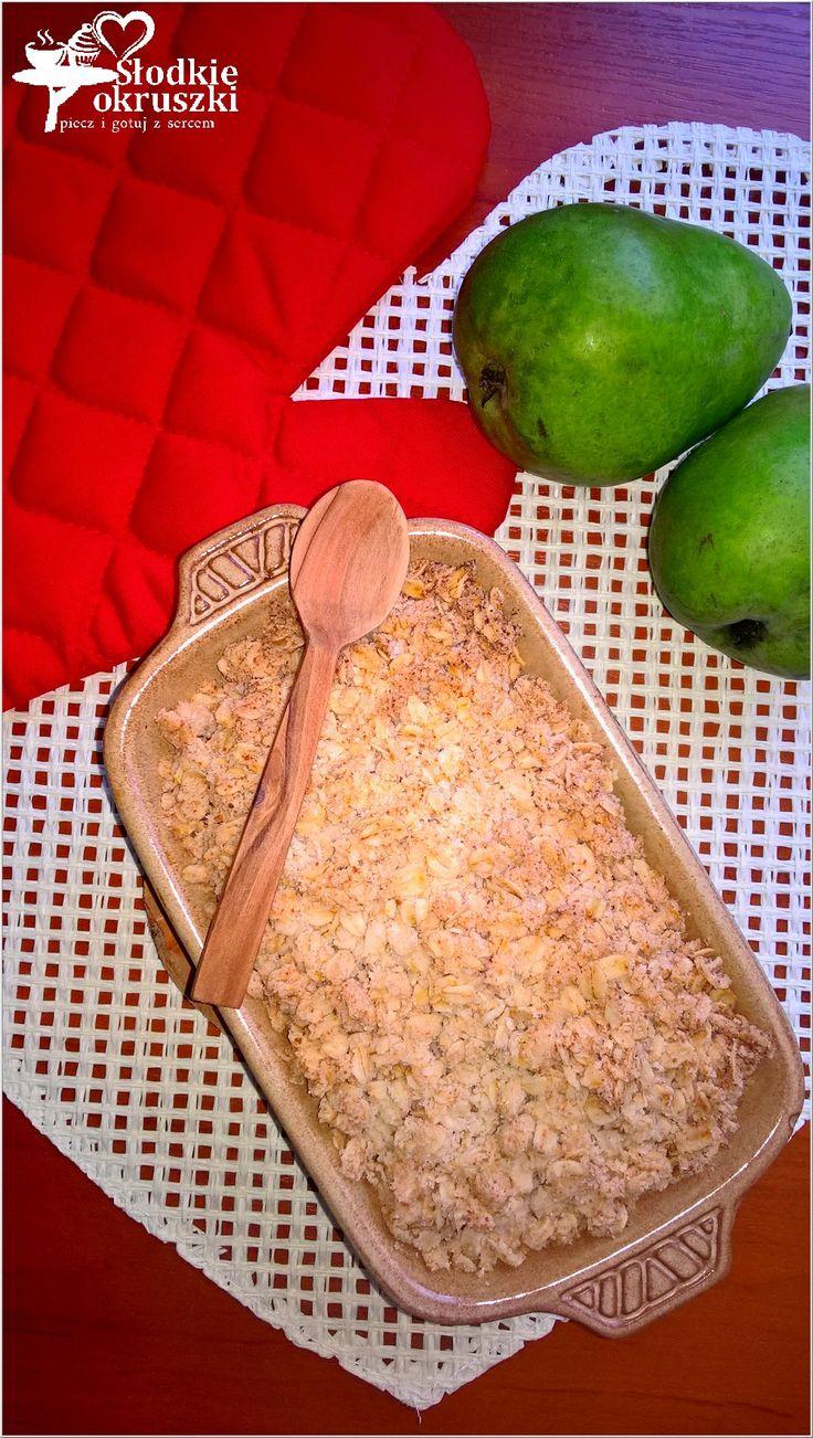 Zapiekana gruszka pod zdrową kokosowo kruszonką