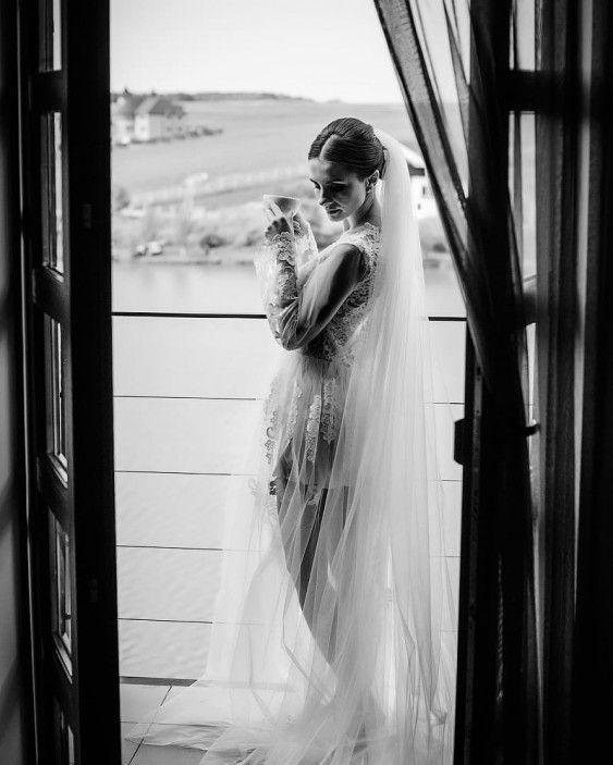 45ec7e47519cc6 Весільний фотограф Саша Юрчик   Рівне   Образ наречених in 2019 ...