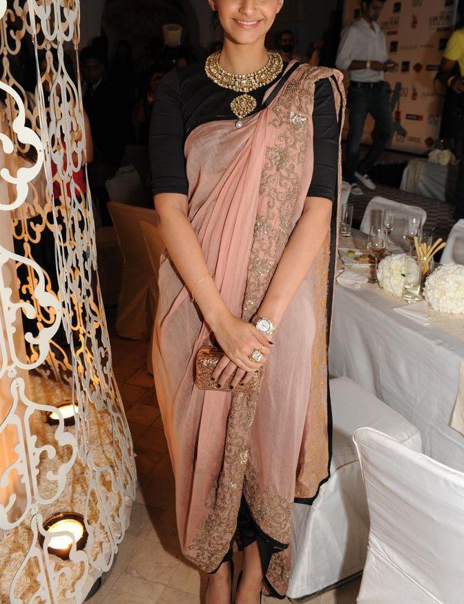Sonam Kapoor, love the saree style
