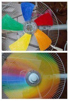 Zobacz zdjęcie Nawet nudny wiatrak może nabrać kolorów :P i to dosłownie ^^  Do tego cuda wy...