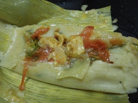 Receta de tamales de rajas - pepper and cheese tamales.