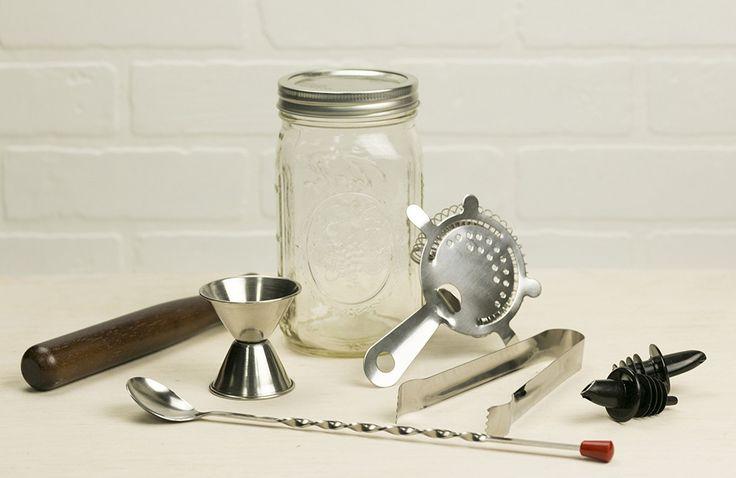Classic Cocktails DIY #Craft Kit | Mason Jar Cocktail Making Kit – MakersKit • http://www.shareasale.com/r.cfm?B=775576&U=1306778&M=61232&urllink= #coctails #diy #makeityourself #masonjar