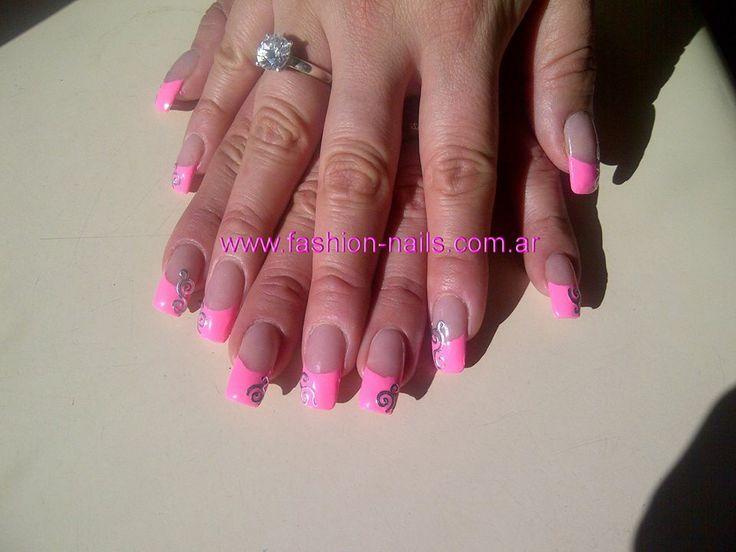 www.fashion-nails.com.ar  uñas esculpidas a domicilio,productos importados.visita mi web para turnos y cursos
