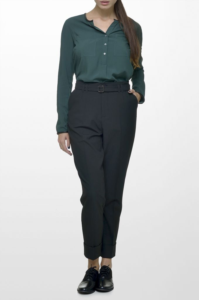 Sarah Lawrence - long sleeve tunic with black details, high waist cuffed trouser with belt.