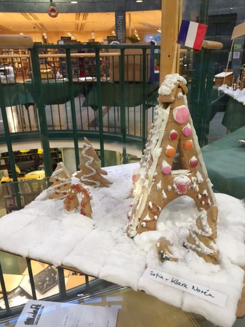 pepparkaksbygge pepparkakshus pepparkaks-Eiffeltorn Gingerbread