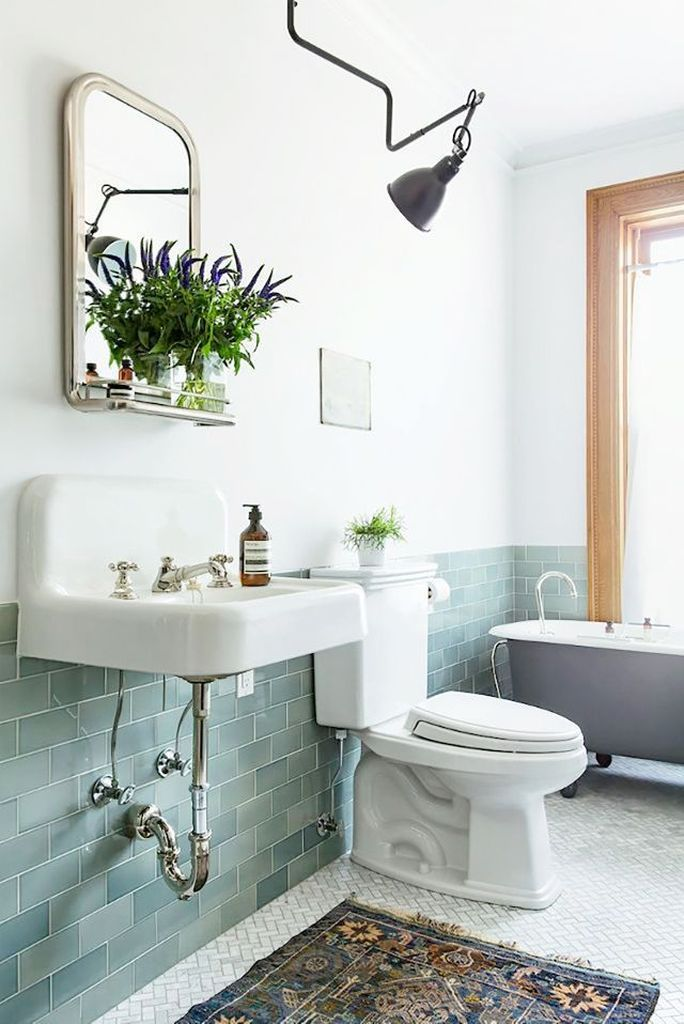 Awesome 44 Best Ideas Make Vintage Bathrooms More At Https Decoratrend Com 2019 05 29 44 Best Ideas Make Vintage Bathrooms Bathrooms Remodel Green Bathroom