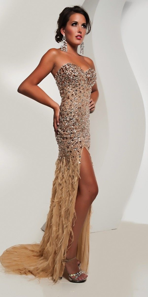 Best prom dress colors for brown hair