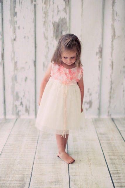 BIMARO Baby Mädchen Babykleid Cecile creme beige mit koralle Blumen Tüll Taufkleid Taufe Hochzeit festliches Kleid Babies Babykleider