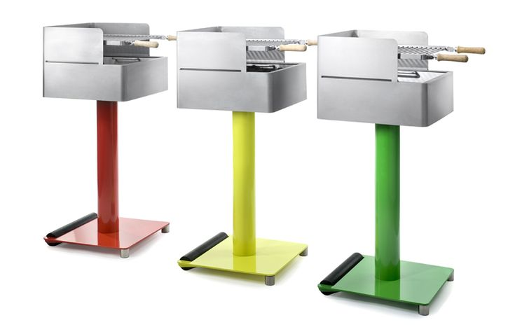 BBQ Walzer is a grill made of steel/aluminum - powder coated or stainless steel. The grill can be totally dismantled for cleaning. Polypropylene rollers allow portability and ease of movement across uneven surfaces.  Designer: Kolja Clemens (Germany)  Manufacturer: MOM (Germany)  Material: stainless steel and aluminium  Colours: stainless and all RAL colours  Dimension: 1030 cm x 450 cm x 450 cm