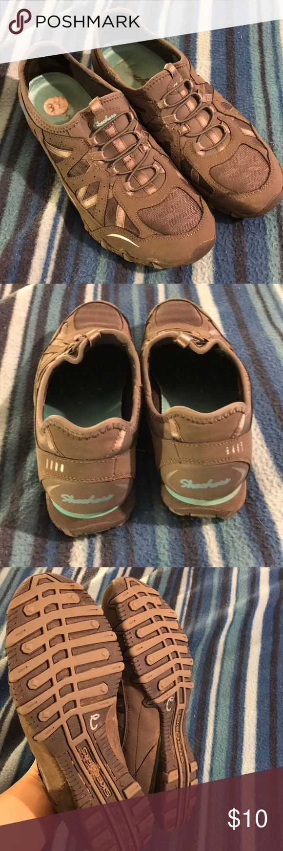 Skechers Slip On Shoes 👞 Like brand new! Still has sticker! Worn maybe two times, very comfy! Comes from smoke free home, no odors! Skechers Shoes Athletic Shoes