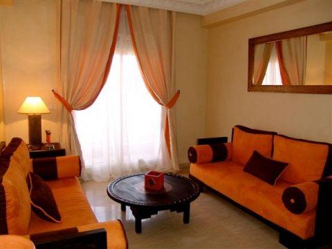 68 best Living Room Inspiration images on Pinterest Living room - orange and brown living room