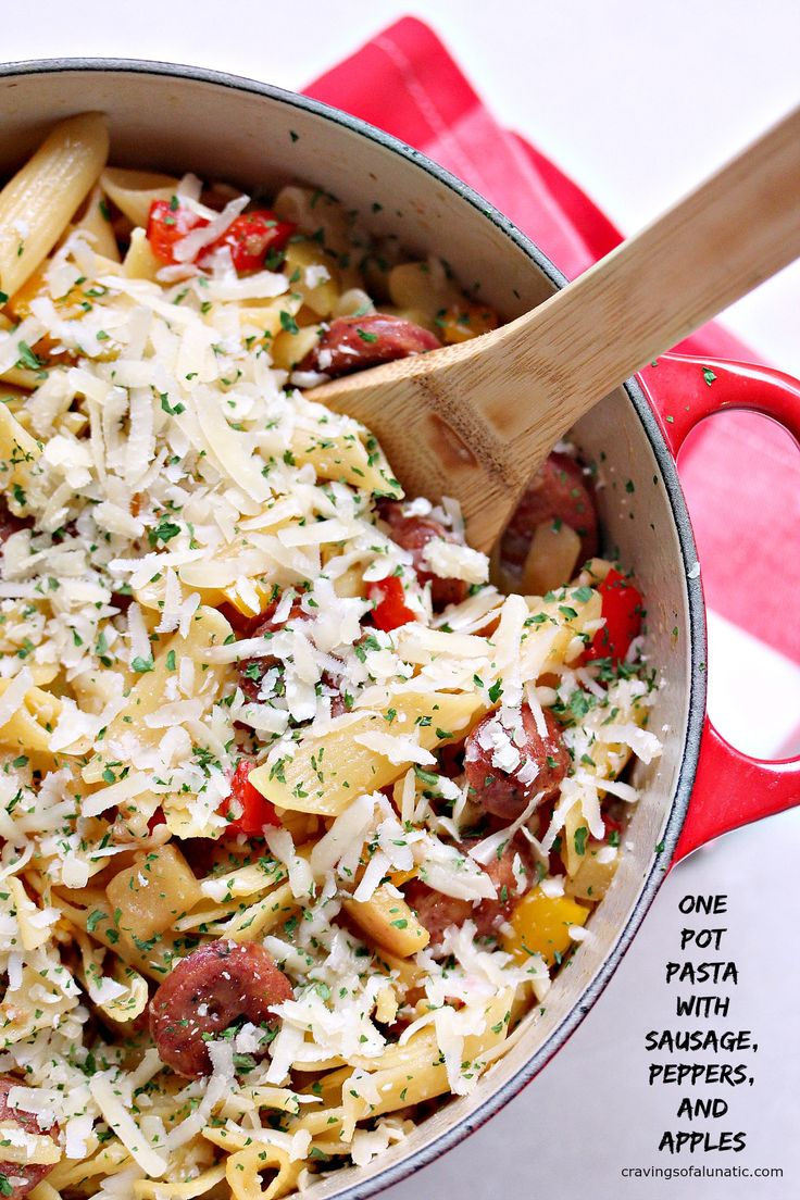 One Pot Pasta with Sausage, Peppers, and Apples from cravingsofalunatic.com- This easy pasta recipe uses sliced sausages, red and yellow peppers, plus Gala apples, and Granny Smith apples. It's all made in one pot, and is incredibly quick and easy to make! (@CravingsLunatic) #sponsored #GlutenFreeEats