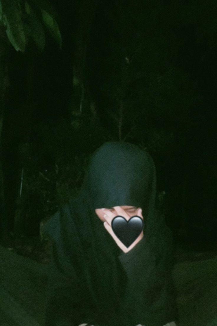Gaya Selfie Hijab Pakai Masker Dapur Bengkulu