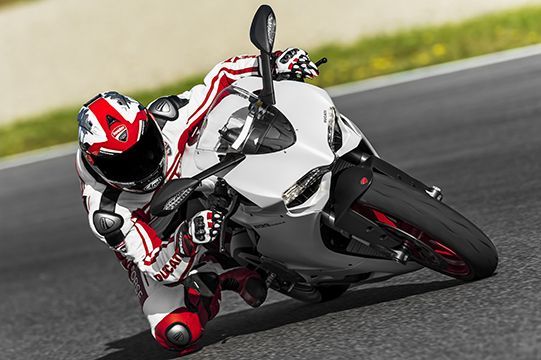 2014 Ducati Superbike 899 Panigale unveiled in Germany