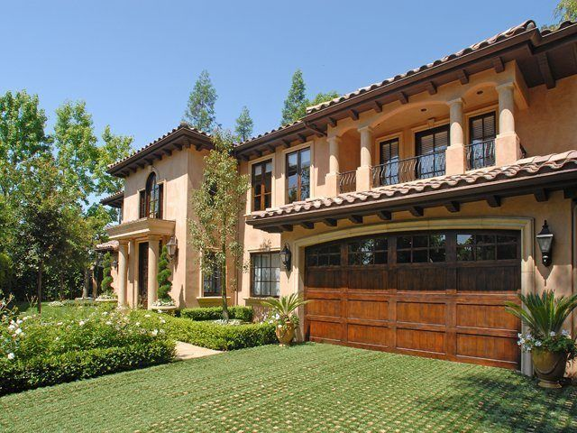 Visitez la villa de Kim Kardashian