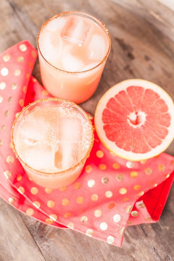 Grapefruit Margarita styled with pretty polka dot gold napkins
