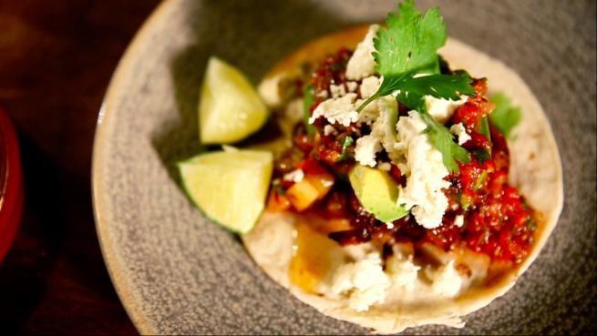 Le taco déjeuner de Chuck Hughes   La Relève
