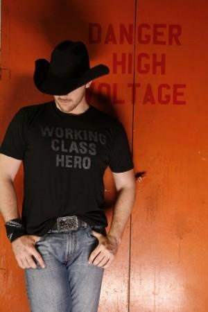 Chris Young ~ Sexy country singer!