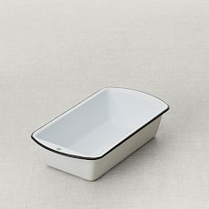Enamelware Loaf Pan  $19.00  Free Shipping  View Full Product Details        Options      Overview        Loaf Pan      Free Shipping      $19.00      QTY