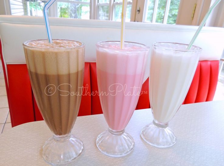Old Fashioned Egg Creams --  This could be very Low Carb --  Almond or Soy milk and sugar free chocolate syrup .....