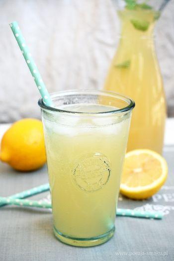 Lemoniada z całych cytryn - domowa
