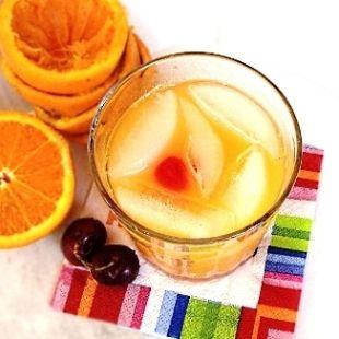Amaretto Stone Sour Drink  Orange Juice  Amaretto  Sweet and Sour