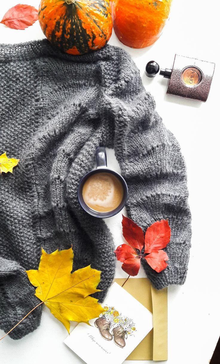 merino wool womens sweaters - grey merino wool sweater - grey sweater for women - mohair and merino sweater - grey mohair sweater - pumpkin flat lay photo - pumpkins - autumn flat lay - flat lay photo #greysweater #graysweaterforwoman #womensweater