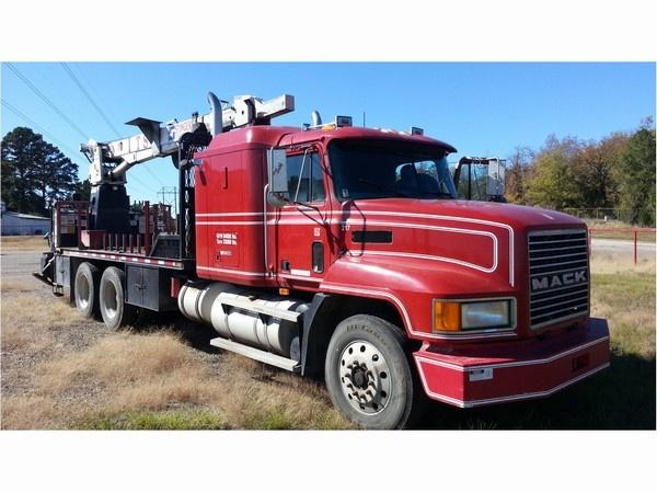 Bobby Johnson Equipment Co. - MACK CH613