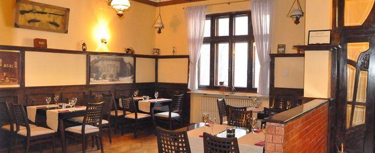 Daniele: Restaurant La Conac - mana birjar!  http://daniela-florentina.blogspot.ro/2015/03/restaurant-la-conac-mana-birjar.html